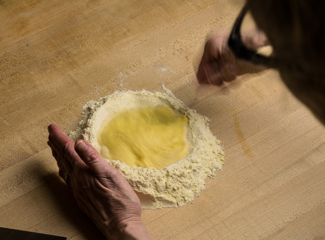 making pasta with a fontana