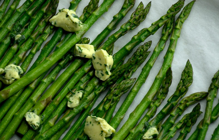 Garlic Buttered Asparagus