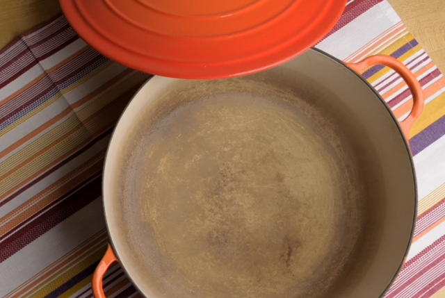 My Old Le Creuset 9qtoven